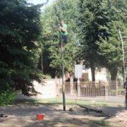 Fasi di realizzazione della capanna - impianto del primo palo
